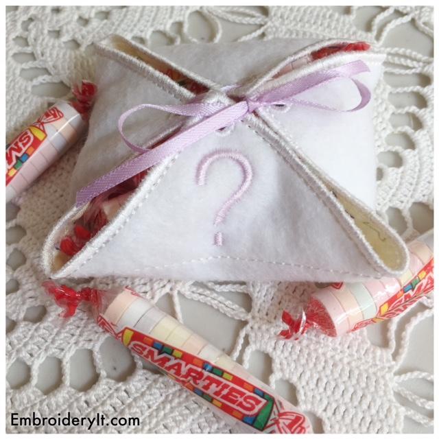 Baby gift box set machine embroidery design it
