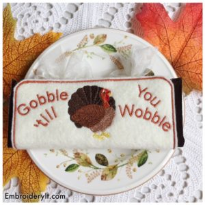 embroidery-it-thanksgiving-candybar-holder-2