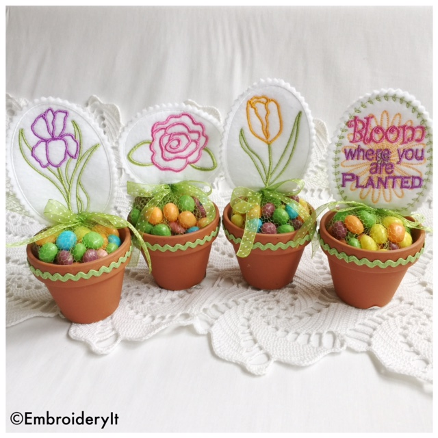 Machine Embroidery Bloom Candy Topper Set