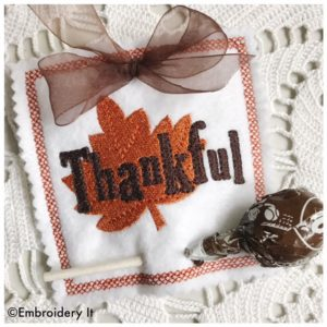 Machine embroidery Thankful Lollipop Holder